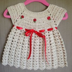 Other - 🌺🌺 Hand Crocheted Dress0-3 mont